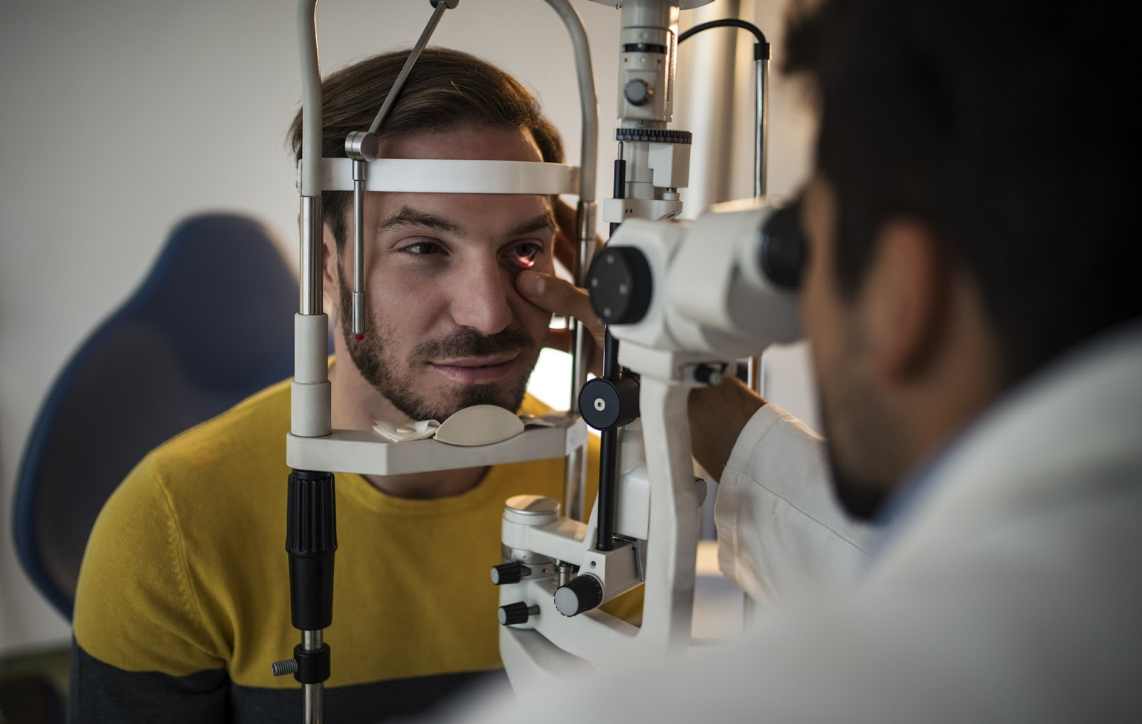 a man having his eyes checked for early signs of glaucoma.